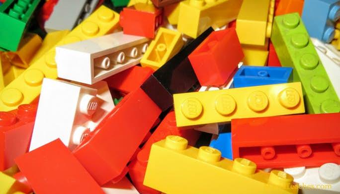 How to Teach Fractions using LEGO Bricks