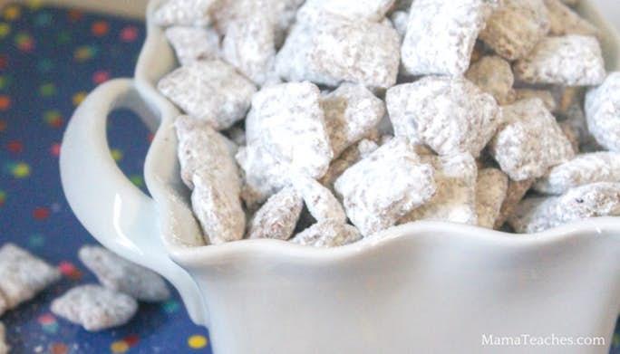Muddy Buddies Snack Mix Recipe