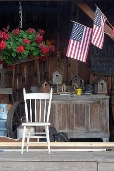 How to Decorate Your Porch for the 4th of July